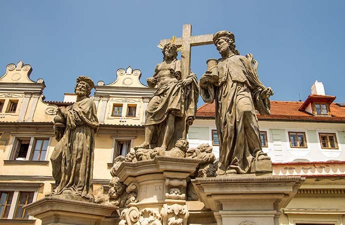 San Salvador con los Santos Cosme y Damián