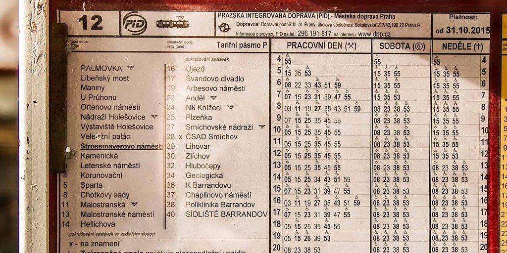 horarios transporte de Praga